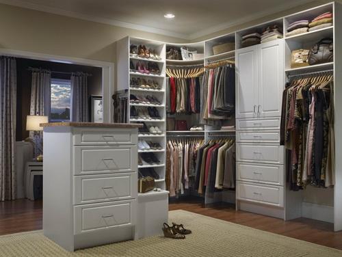Walk-in-closet-design-plans-photo-8