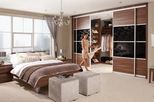 Walk-in-closet-designs-for-a-master-bedroom-photo-6