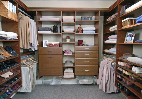 Walk-in-closet-designs-pictures-photo-9