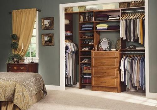 Walk-in-closet-small-bedroom-photo-6