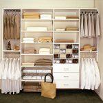 Walk in linen closet design – 16 varieties to organize the space