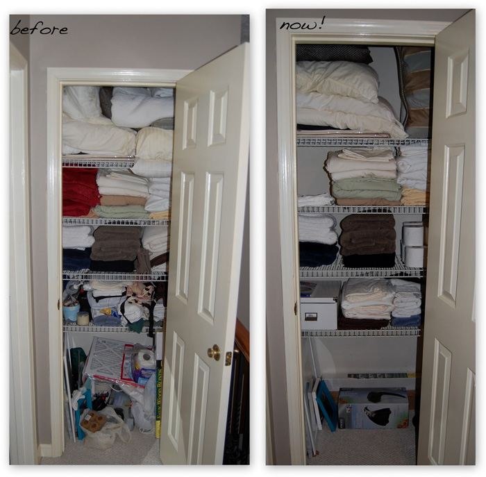 walk-in-linen-closet-design-photo-17