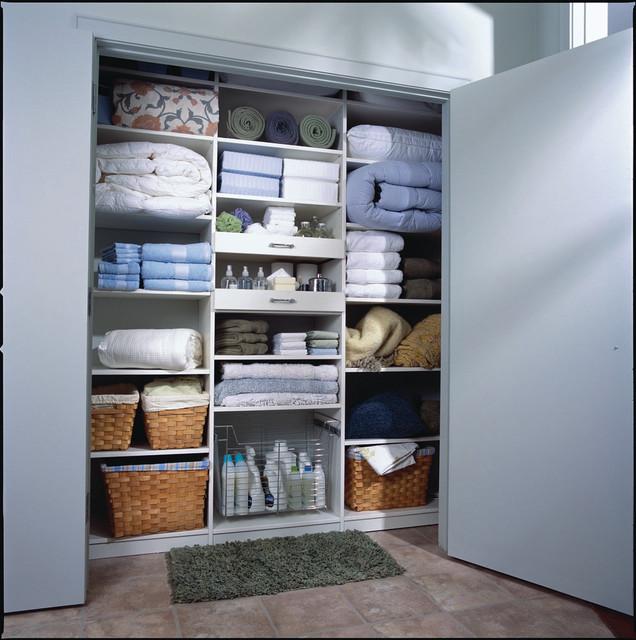 walk-in-linen-closet-design-photo-5
