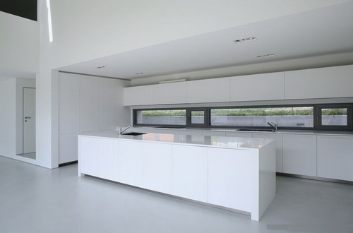 White-Modern-Kitchen-photo-12