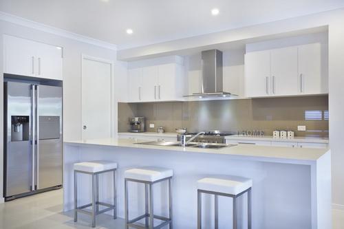 White-Modern-Kitchen-photo-18