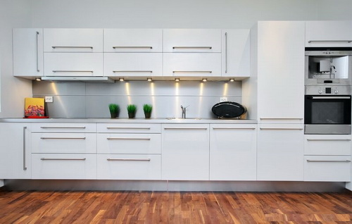 White-Modern-Kitchen-photo-7