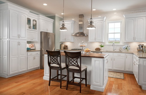 White-kitchen-cabinets-from-lowes-photo-5