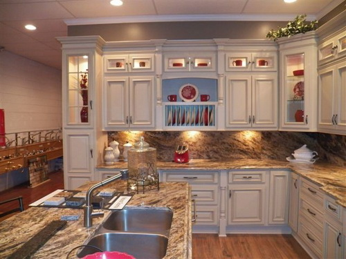 White-kitchen-cabinets-from-lowes-photo-9