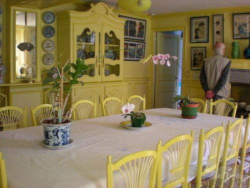 Yellow-Dining-Room-photo-21