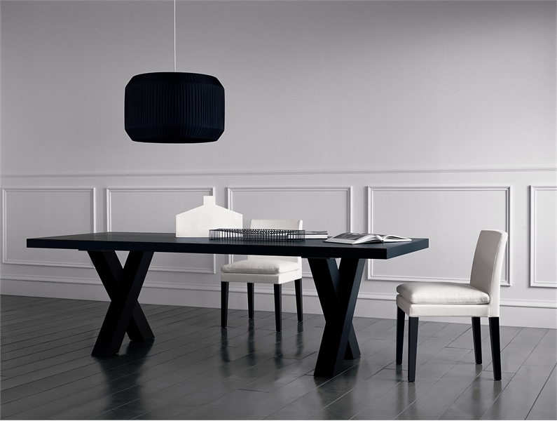 Dining tables black – 16 ways to keep the dining room tidy