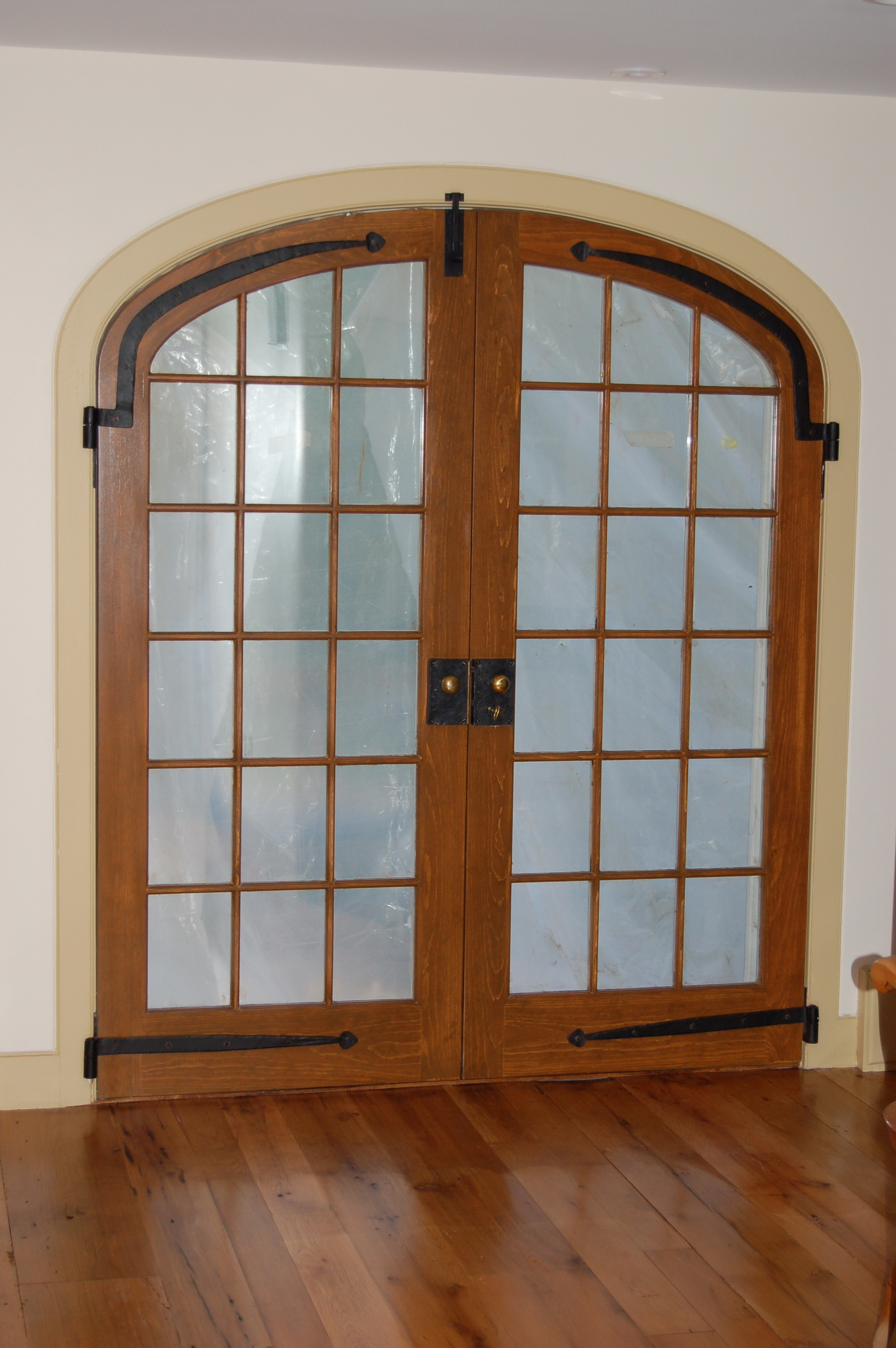 Elegant interior french doors - favorite for house owners around the globe Interior & Exterior