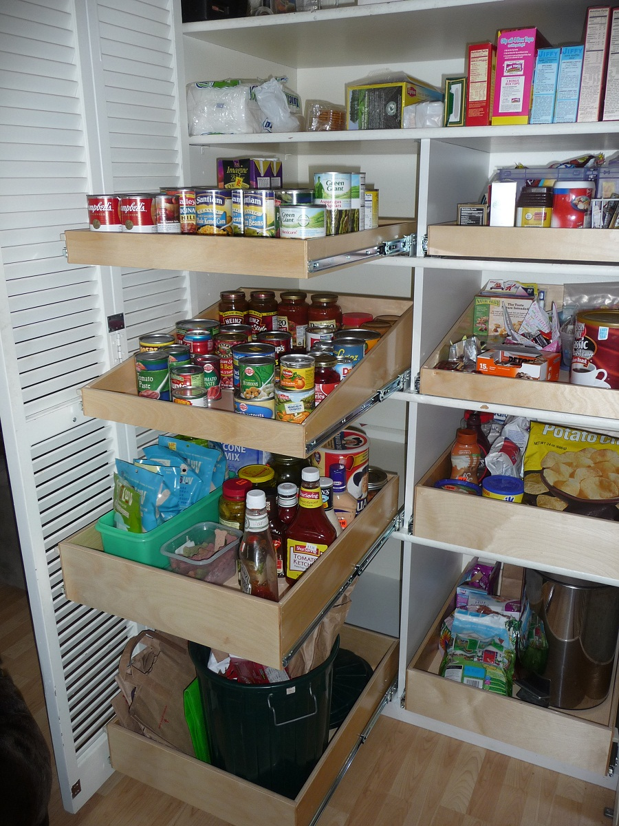 10 Methods To Oraganize Your Items With Pantry Shelving