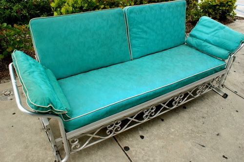 patio-furniture-gliders-photo-11