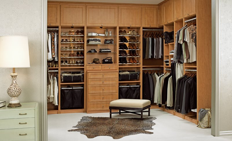 Walk in closet decorating ideas – 16 best ways to go