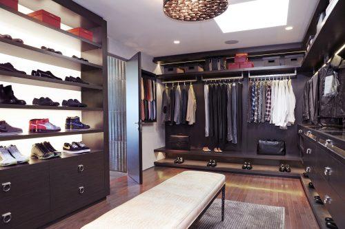 huge-walk-in-closet-home-photo-19
