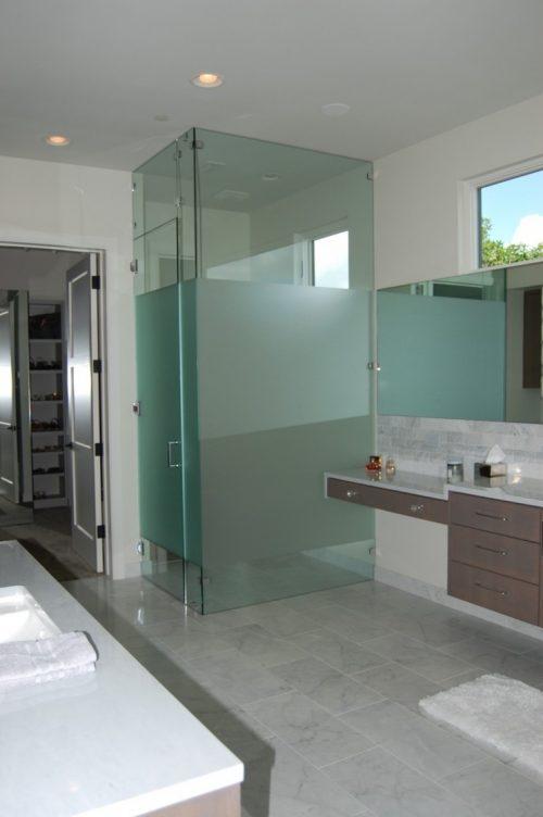 glass-wall-divider-bathroom-photo-13