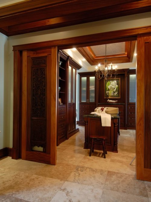 walk-in-closet-designs-for-a-master-bedroom-photo-18