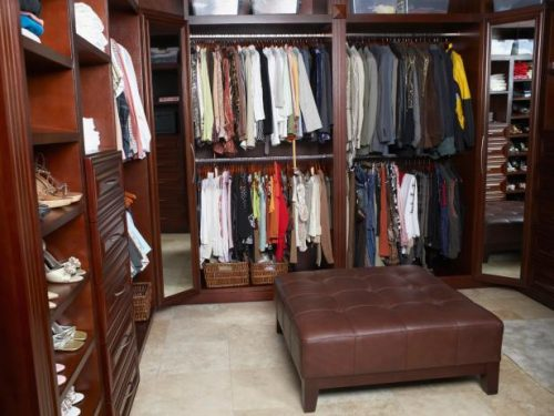 walk-in-closet-designs-for-a-master-bedroom-photo-20