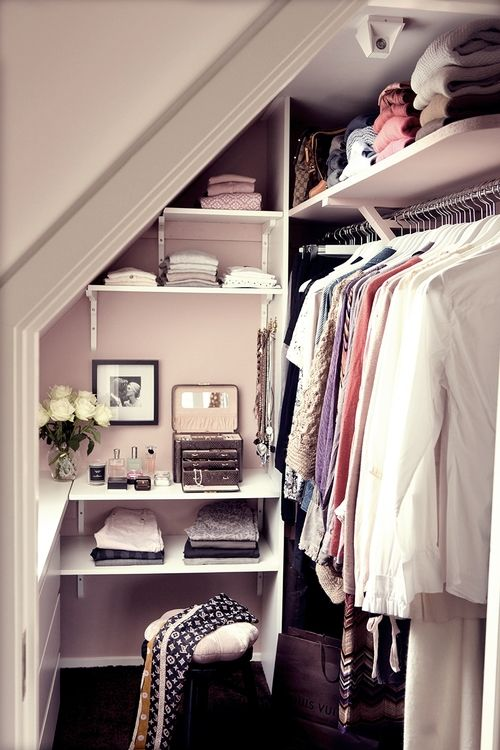 walk-in-closet-small-bedroom-photo-12