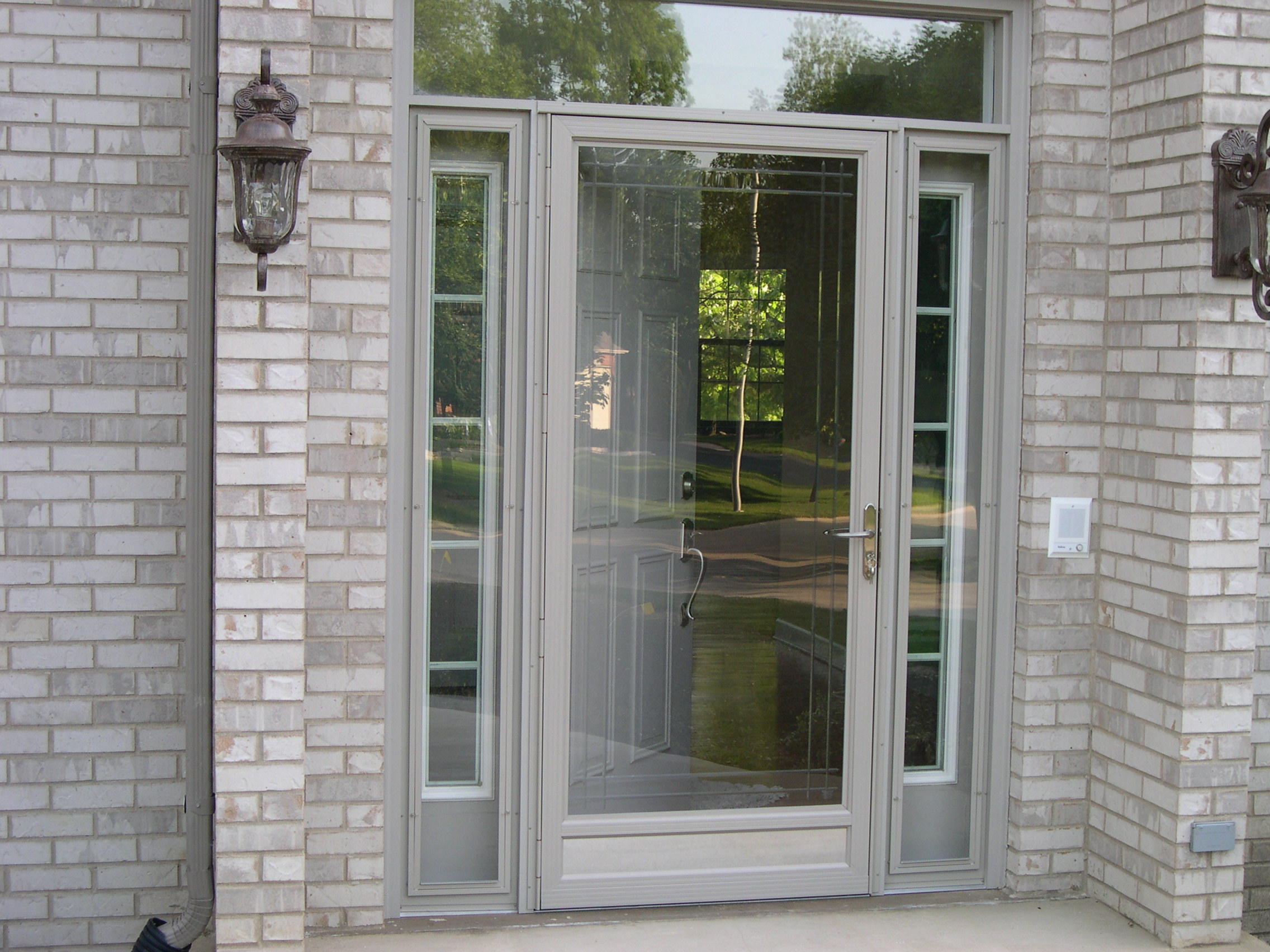 20 Storm doors (hardware & storm doors with pet door ...