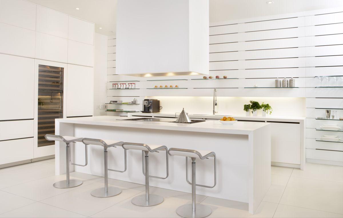 White Modern Kitchen photo - 3