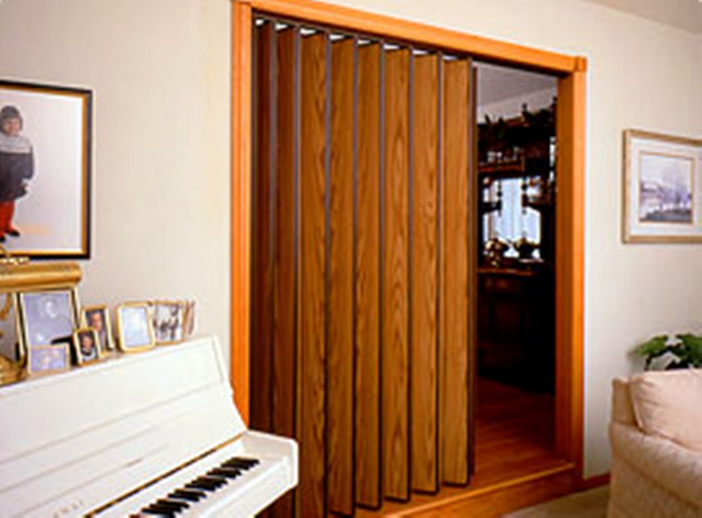 accordion folding doors photo - 9