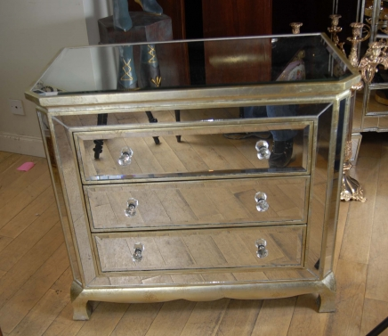art deco mirrored bedroom furniture photo - 2
