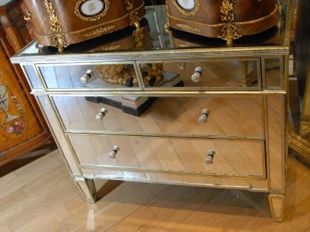 art deco mirrored bedroom furniture photo - 4