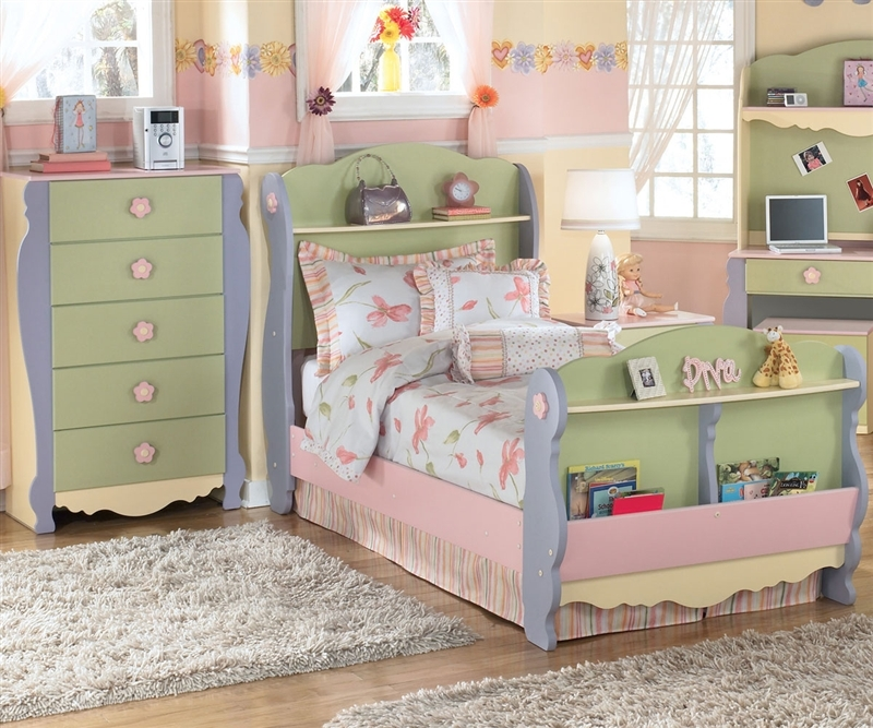 dollhouse bedroom furniture for kids photo - 2