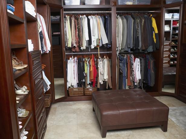 large walk in closet design photo - 3