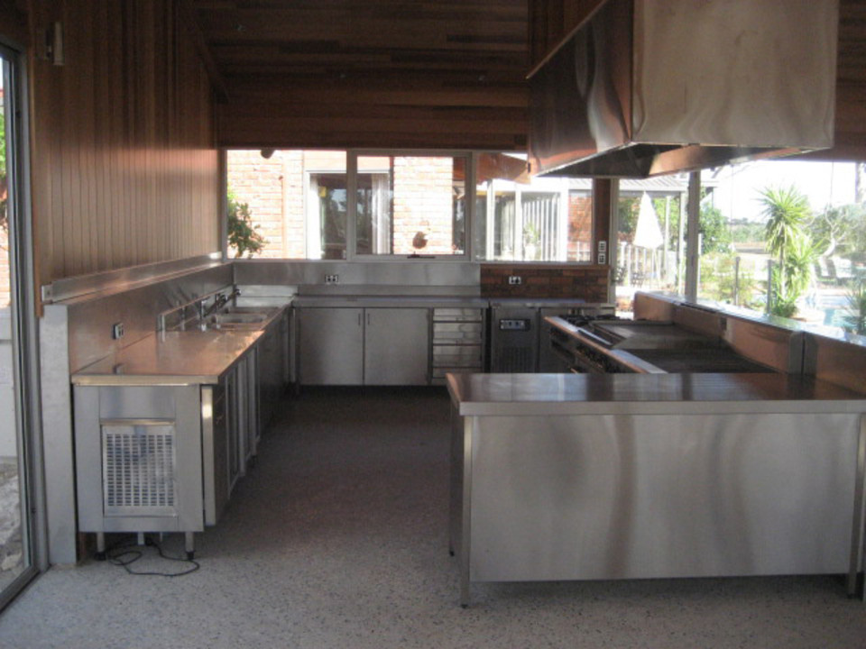 outdoor kitchen equipment photo - 6