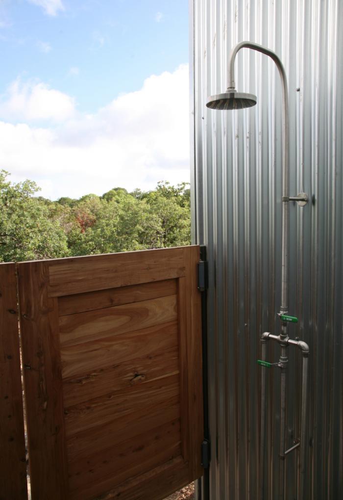 outdoor shower door photo - 3