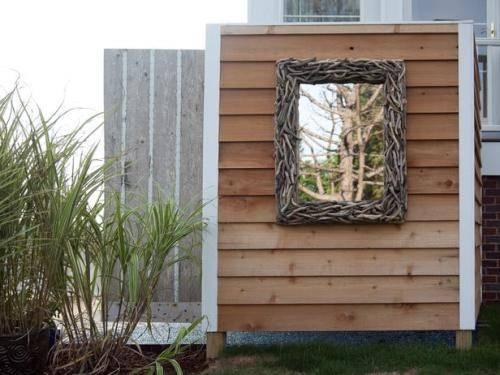 outdoor shower mirror photo - 1