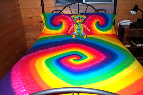 rainbow tie dye bedding photo - 2