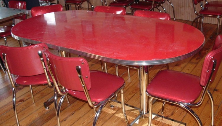 red retro kitchen table chairs photo - 5