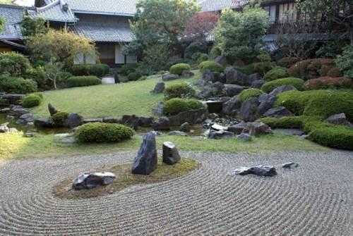 river rock garden edging ideas photo - 6