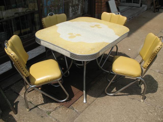 vintage kitchen table photo - 2