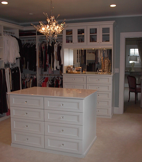 walk in closet dressing room design photo - 2
