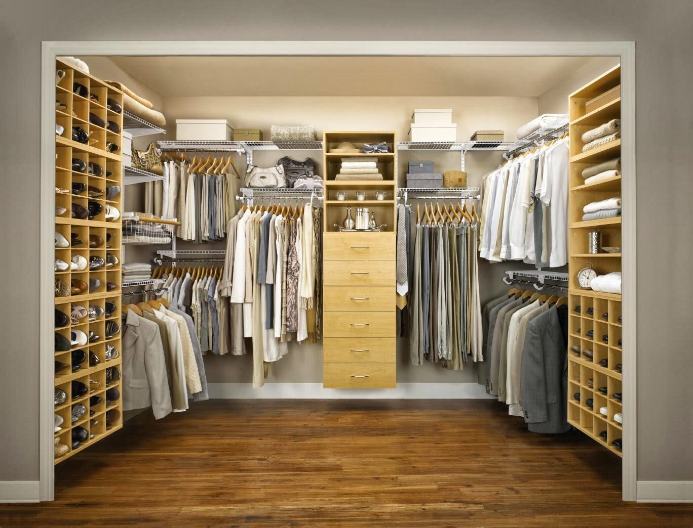 walk in closet small bedroom photo - 6